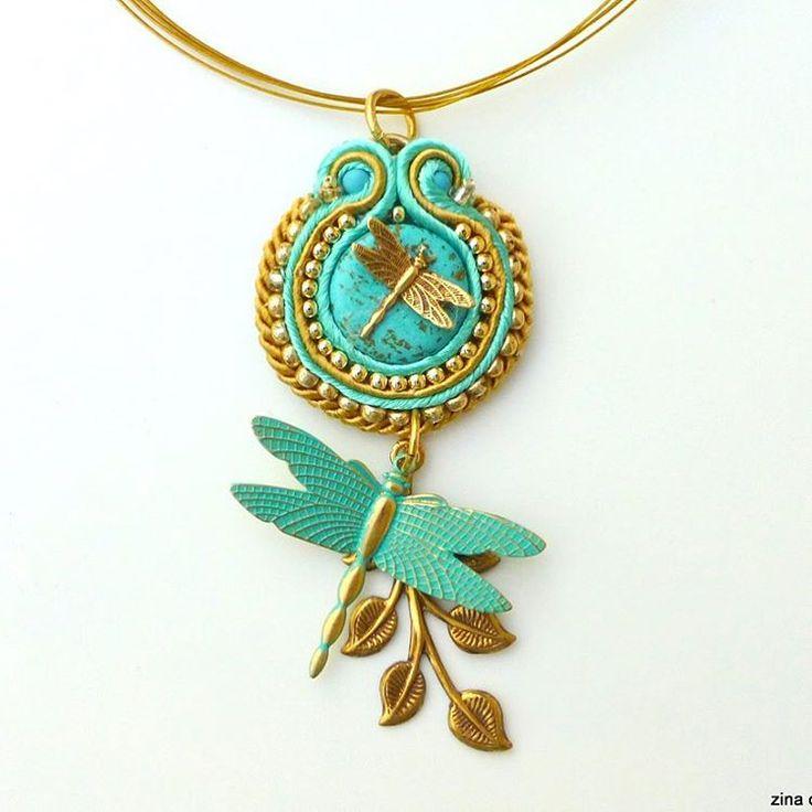 Blue dragonfly soutache pendant #soutache #bluependant #dragonfly #zina #zinadesign #etsyshop #etsyseller #goldandblue #designjewelry