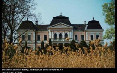 """""""Camera secretelor"""" de la castelul din Răscruci   cluj.travel"""