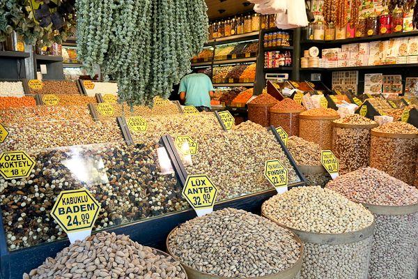 Marchand de noix - Istanbul, Turquie
