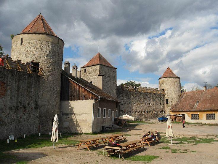 Czech Republic Castles | Brno Czech Republic | The September's Wine Festival | GITravel