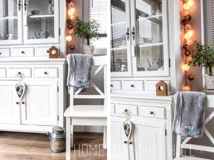 cotton ball lights w salonie