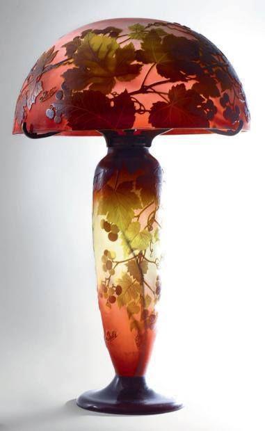 1900 Art Nouveau lamp by Èmile Gallè.
