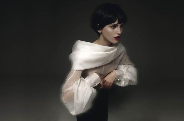 GIANFRANCO FERRÉ | CLASSIC GLAMOUR | A/W 1990 - Exhibition: La Camicia Bianca Seconde Me