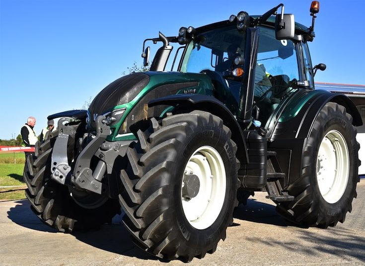 55 best valtra tractor images on pinterest tractors agriculture valtra n4 serie fandeluxe Images