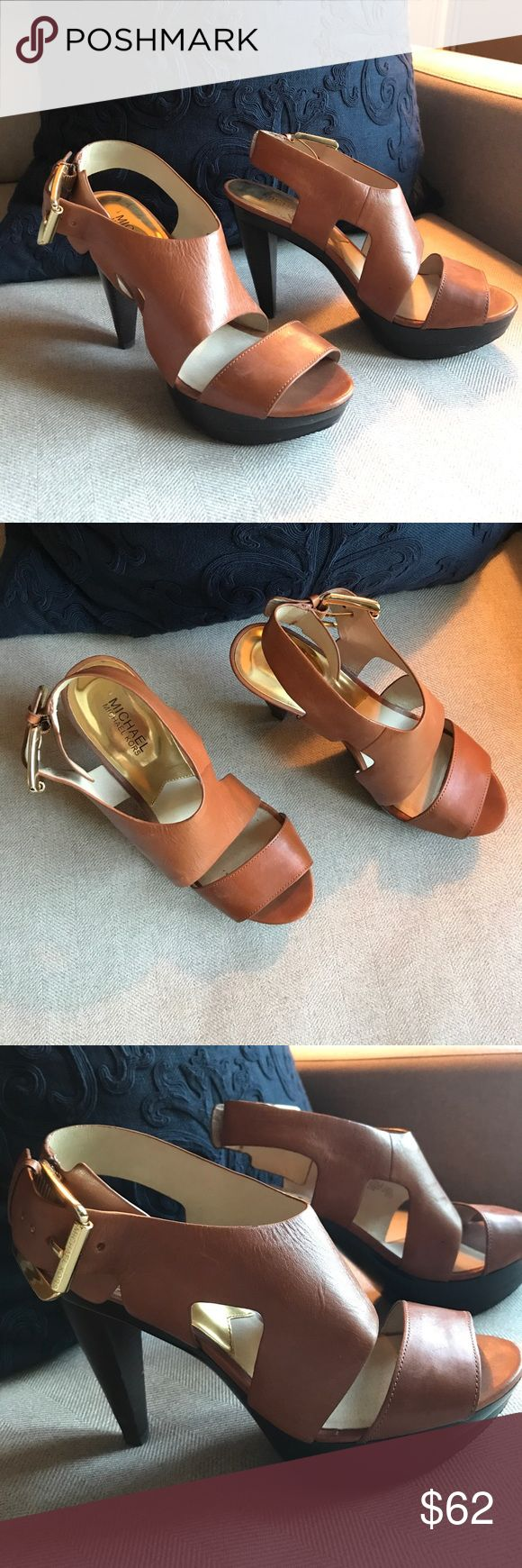 MICHAEL Michael Kors heels Very lightly worn! In excellent shape. Love these shoes for summer and can easily transition into fall. Must have! Heel measurements located in the pictures. MICHAEL Michael Kors Shoes Heels
