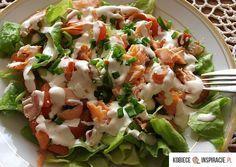 Salatka z wedzonego lososia