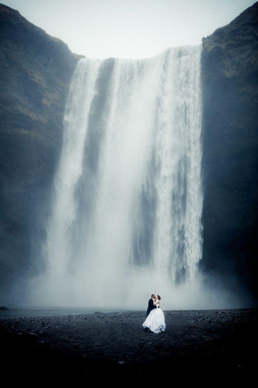 Skogafoss - Wedding Photo Inspiration                              …