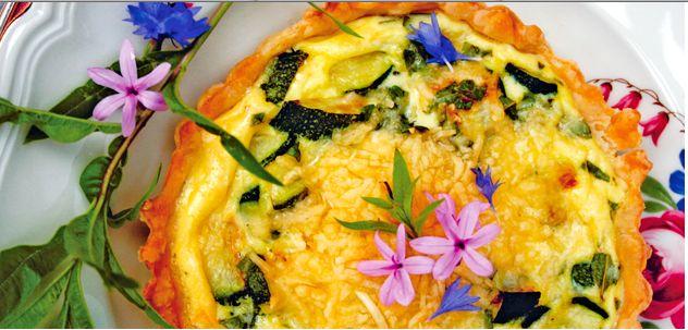 Taartje met courgette & citroenverbena heerlijk recept voor het voorjaar. #Margriet