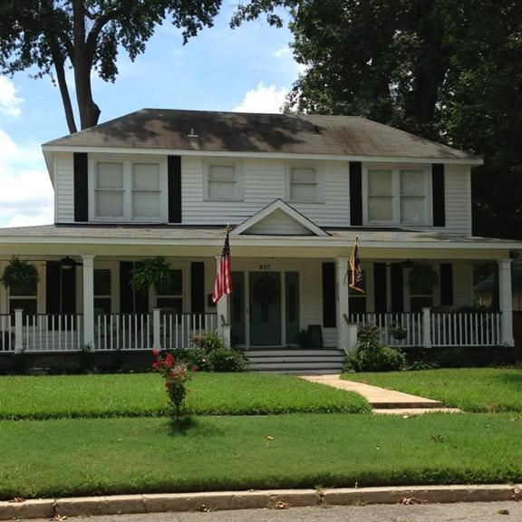 Colonial Style Home With Full Front Porch To Relax And