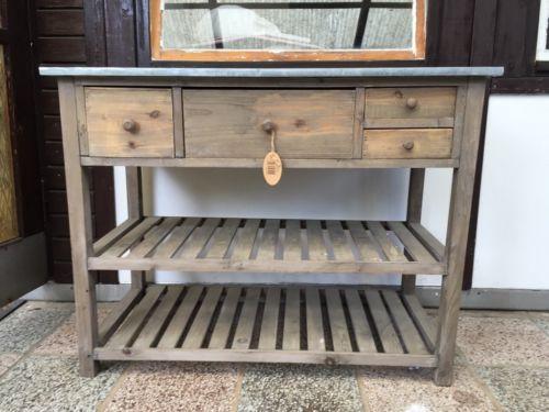 pflanztisch aus aufbereitetem altholz neupreis 100 gekauft vor 2 monaten unbenutzt balkon. Black Bedroom Furniture Sets. Home Design Ideas