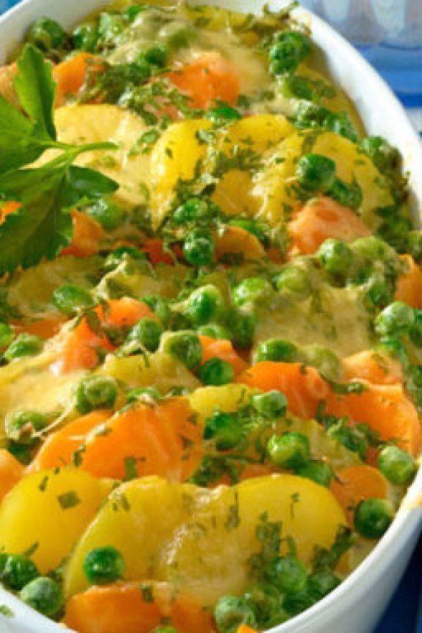 So lecker: Vegetarischer Kartoffelauflauf mit Gemüse