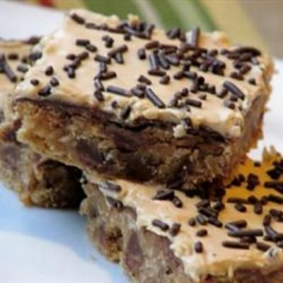 Monkey Peanut Butter Bars: Desserts, Peanuts, Monkey Peanut, Recipe, Peanut Butter Bars, Sweet Treats, Baking Sodas, Eating, Sweet Tooth