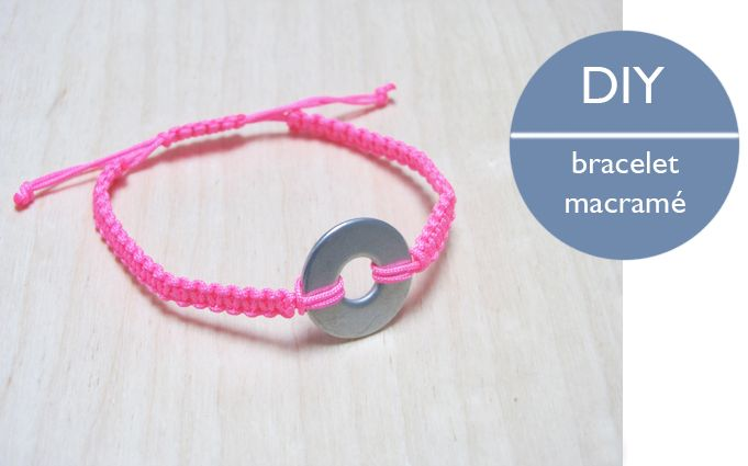 DIY bracelet by Linna Morata - Un petit coup de vernis fluo sur la rondelle et hop !