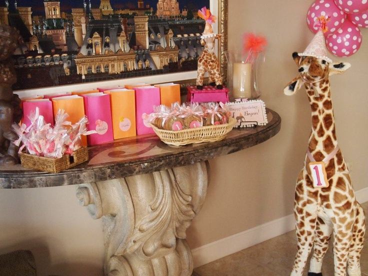 pink/orange giraffe first birthday partyBirthday Party Favors, Birthday Ideas3, First Birthday Parties, Birthday Party'S Parties, Giraffes Birthday, 1St Birthday, First Birthdays, Birthday Idease 3, Birthdays Parties