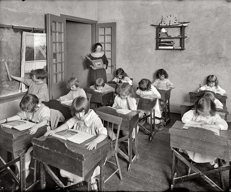 554 best images about old school on Pinterest | Old school desks ...