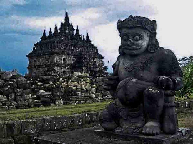 Prambanan Temple: Asia Biggest Hindu temple  #AmazingAsia