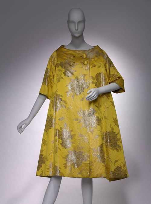 Coat    Arnold Scaasi, 1958    The Museum of Fine Arts, Boston