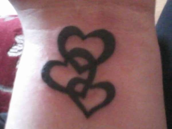 Pictures Of Interlocking Hearts Tattoo Kidskunstinfo