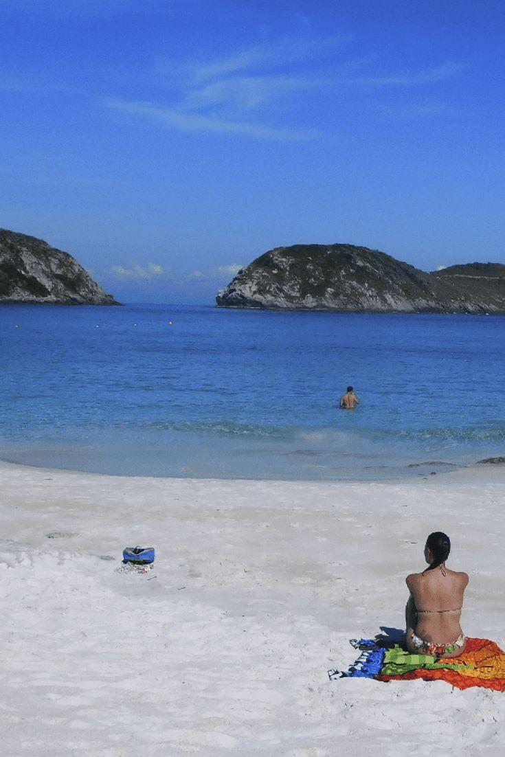 A Praia do Farol é a 4ª melhor praia brasileira, das 25 melhores praias do Brasil de acordo com o prêmio Travellers Choice 2017 do TripAdvisor.  Já conheci alguns paraísos por esse mundão, só que ver de perto, mergulhar e pisar na área da 4ª praia mais bonita do Brasil foi tão incrível que em vários momentos achei que aquilo tudo era de mentira. Confira tudo sobre a Praia do Farol!