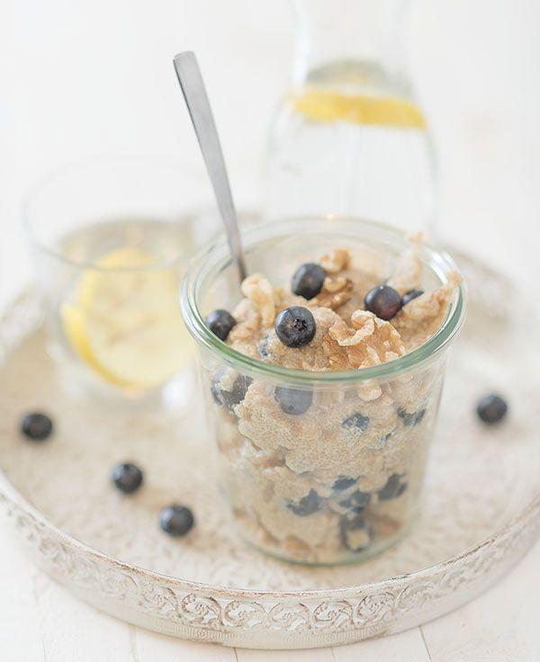 Amaranth ontbijt recept met walnoten en bosbessen. Amaranth gezond? Je leest het in dit recept. Dit amaranth ontbijt recept is voor twee personen