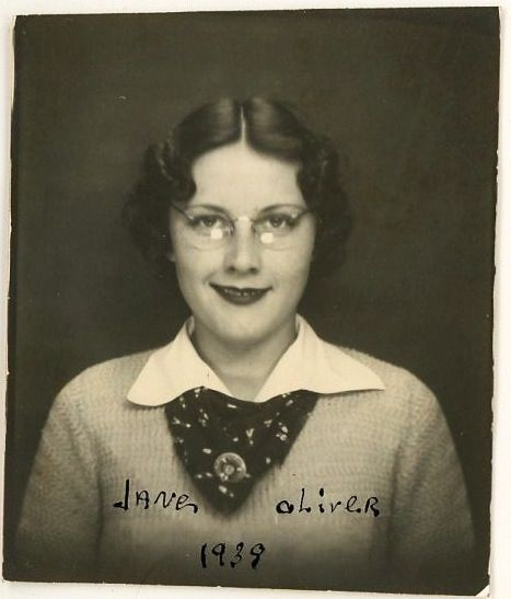 Photo Booth-Jane Oliver-1939.