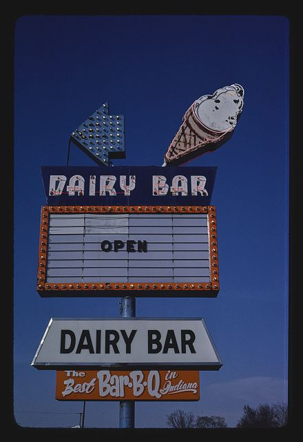 Dairy Bar ice cream sign, Route 67