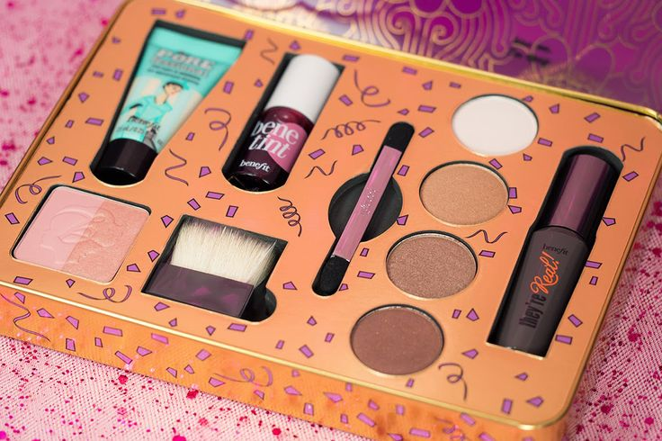 Benefit Groovy Kind-a Love & Let's Make Lovely Holiday Kits Bring You Joy to cure Mid-week Crisis | Review, Photos & Swatches ~ The Office Chic