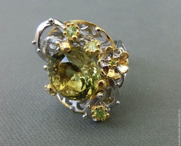 Купить 18 р-р Кольцо лимонный кварц перидот серебро 925 пробы золото