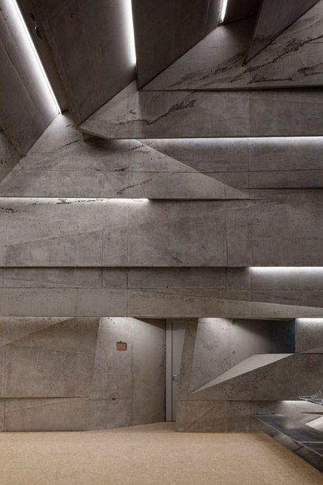Concert-hall-in-Blaibach-by-Peter-Haimerl-Architektur_dezeen_468_16