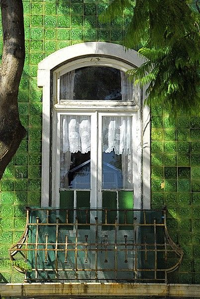 .: Colors Trends, Green Home, Green Building, Green Tile, Portugal Travel, Window, Spring Colors, Lace Curtains, Green Wall