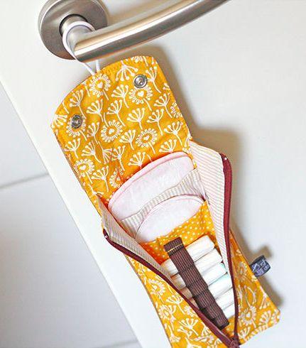 Praktische Tasche für Hygienebedarf - Schnittmuster und Nähanleitung via Makerist.de