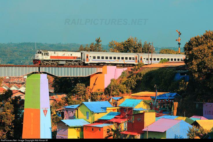 RailPictures.Net Photo: CC 201 92 PT Kereta Api (Persero) GE U18C at Malang, Indonesia by Aldi Aiman M