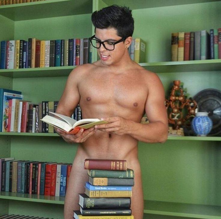 Sexy nerdy guys nude — photo 13