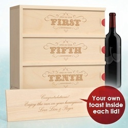 Anniversary wine gift: Gifts Ideas, Grooms Gifts, Cute Ideas, Anniversaries Wine, Anniversaries Gifts, 1St Anniversaries, Wine Boxes, Aniv Wine, Wine Gifts