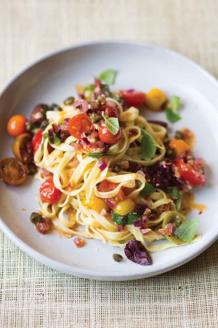puttanesca sauce with fried capers over linguine vegetarian pasta ...