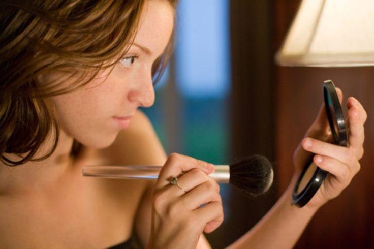 Ingredientes dañinos en base de maquillaje mineral   Muy Fitness