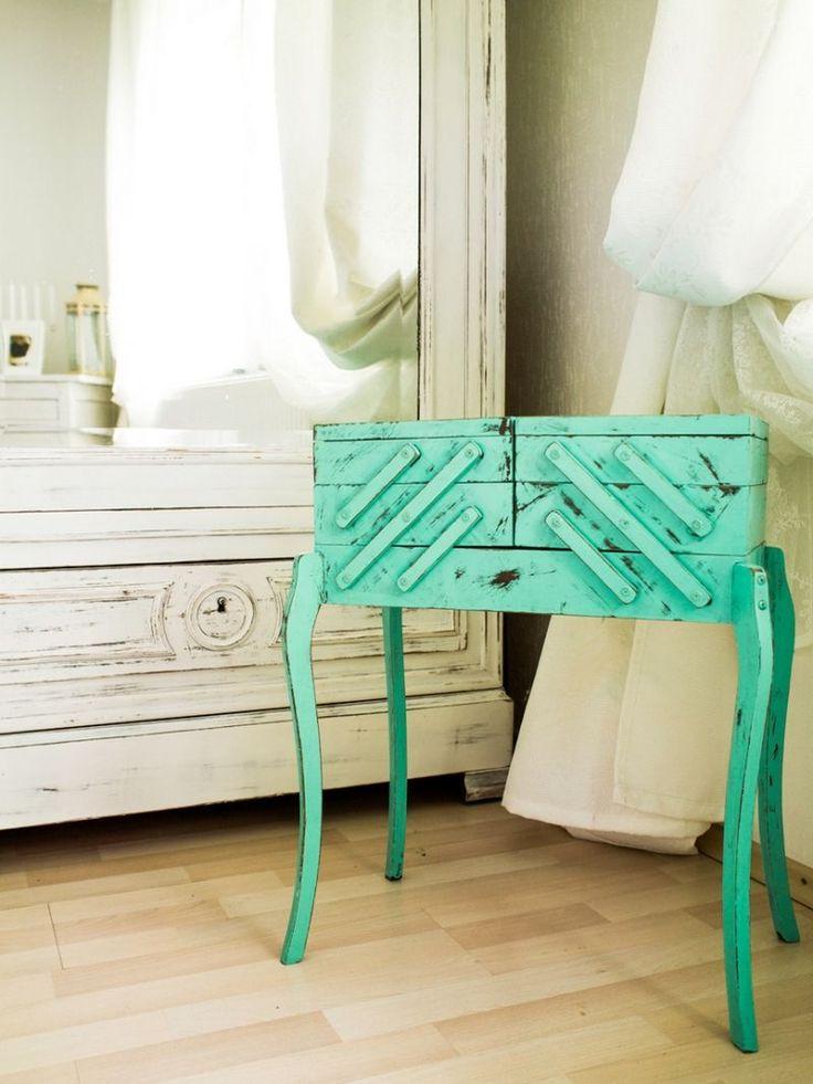 Les 25 meilleures id es de la cat gorie peinture effet vieilli sur pinterest aspects du bois for Peinture pour relooker un meuble