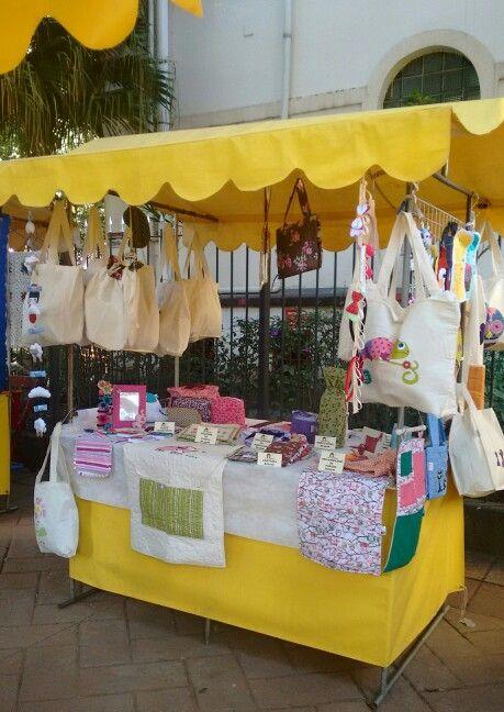 Domingo, dia de Menina Entrelinhas na Feira de Arte e Cultura de Moema