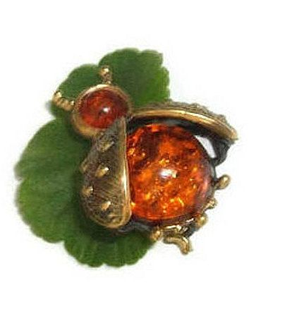 Amber jewelry Bee jewelry Brooch bee Brooch insect Brooch