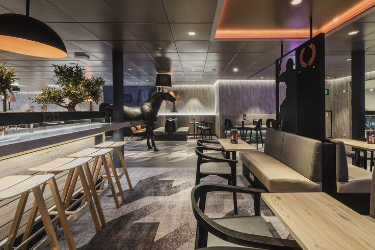 Moooi horse lamp Tallink megastar sport bar