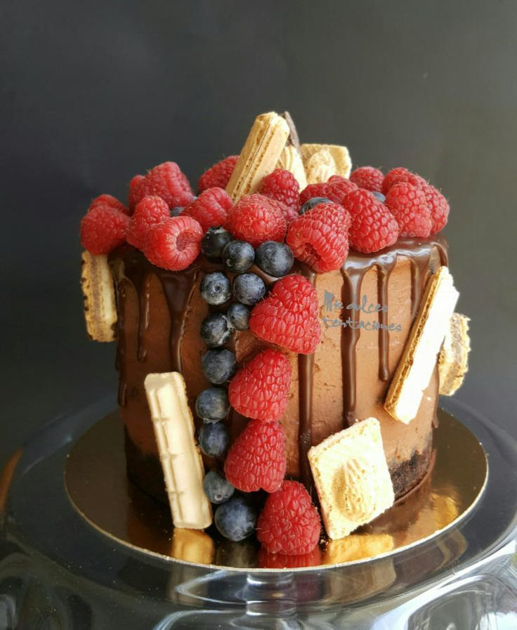Drip cake with fruits  by Asya Vencheva