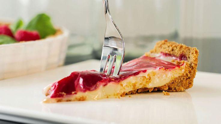 Ukens matblogg: Terte med hvit sjokolade og bringebær