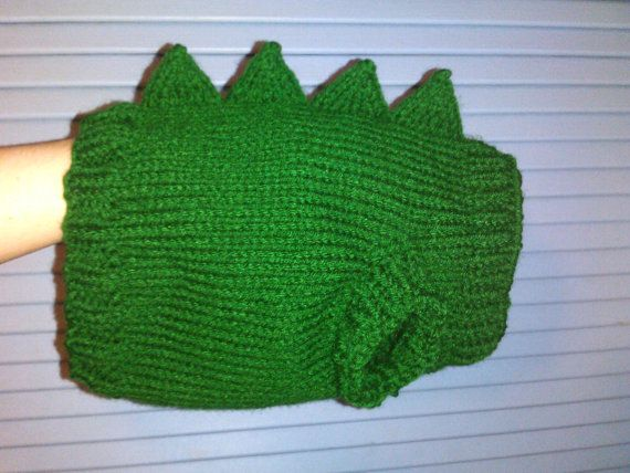 Hand Knit One-Size-Fits-Most Green Dinosaur Sweater for Cats or Small Dogs.    Measures 9.5 inches long and has a 17-inch diameter at the belly,