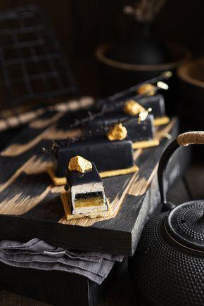 Современные десерты, муссовое пирожное «Ойл» с жасмином, манго и чёрным кунжутом Конфи «Чёрный кунжут» Манговое компоте Декор из сабле Зеркальная глазурь Жасминовый мусс Декор Желаю удачи Вам пригодится Основы — с чего всё начинается Современные десерты — раздел о том, как приготовить что-то потрясающее Обзор краснопульта Wagner W550 для создания покрытия «велюр» Разные рецептуры зеркальной глазури в торте «Грейс» и...