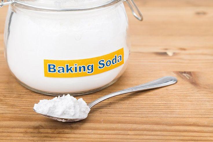 Baking soda is erg veelzijdig. Het ontzuurt het lichaam, is een natuurlijke deodorant, maagzuurremmer, reinigingsmiddel en doodt bacteriën.