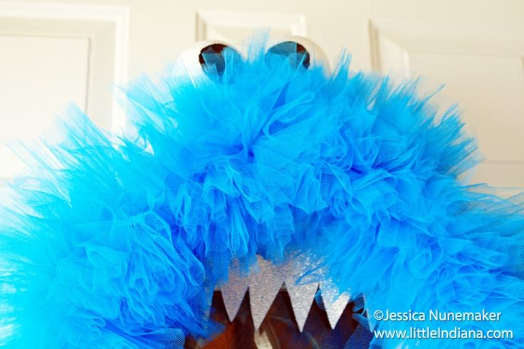 How To Make a Monster Wreath Instructions :http://littleindiana.com/2012/09/how-to-make-a-monster-wreath-instructions/