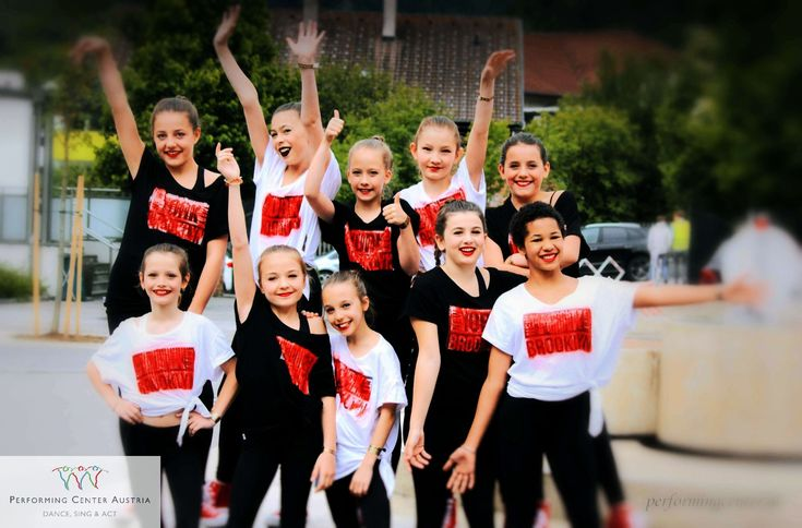 United, we are strong! Great memories of competitions 2017! #dancing #singing #goodtimes #hiphop #urbandance #girlpower #cool #instadaily #dynamic #instagood #contest #webstagram #happy #picoftheday #wettbewerb #tbt #passion #champion #power #fun #energy #exciting #smile #power #vienna #kids #kinder #pca #ao18 #yeswedance #performingcenteraustria