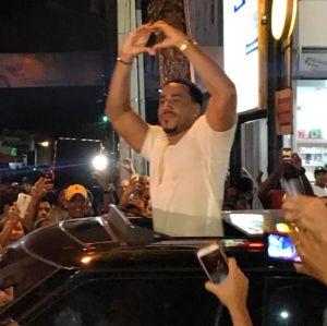 romeo en bani Fotos y videos   Concierto sorpresa de Romeo en Baní