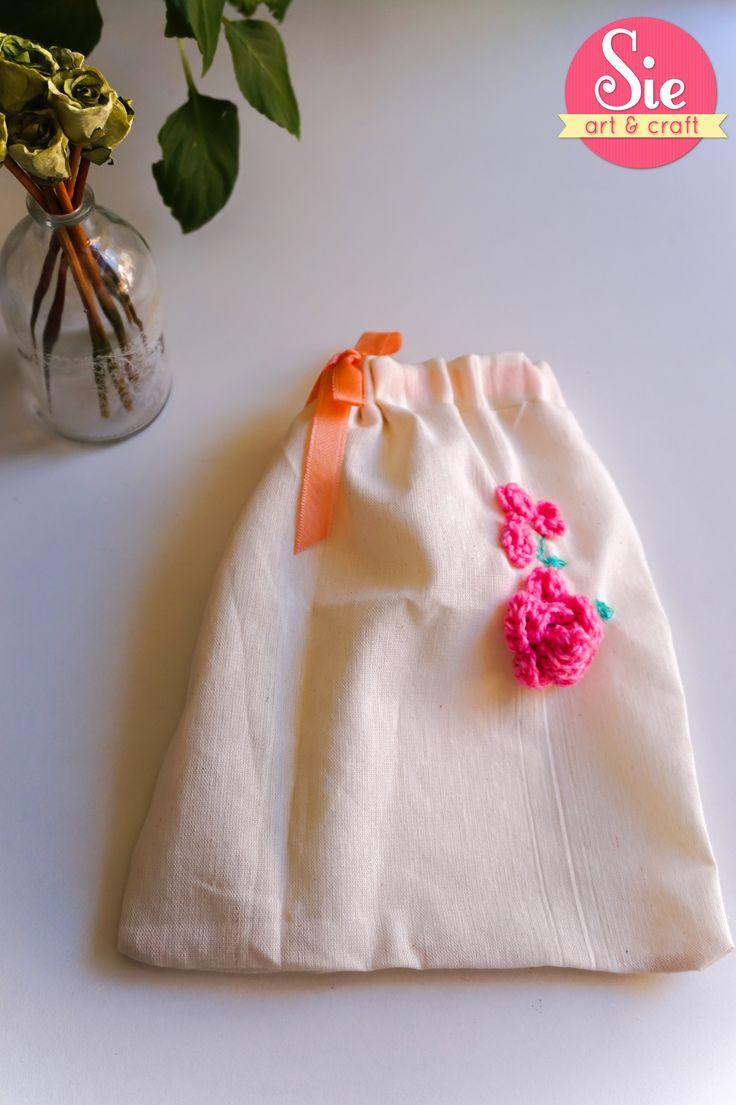 Bolsa de tela con detalles en crochet ♥ handmade!