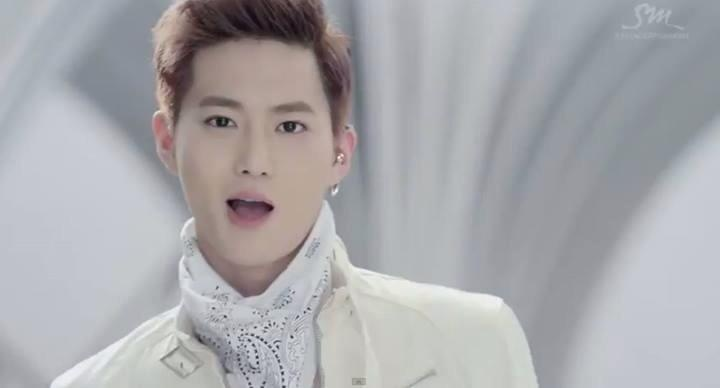 wolf mv screenshot suho suho pinterest wolves and suho. Black Bedroom Furniture Sets. Home Design Ideas